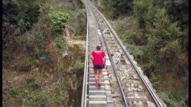 Els Bombers organitzen la primera Cursa Vertical Montserrat per recaptar fons a favor de la infància