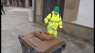 Manresa desinfecta els carrers de la ciutat